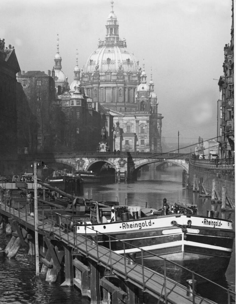 Berliner Dom - fotokunst von Süddeutsche Zeitung Photo