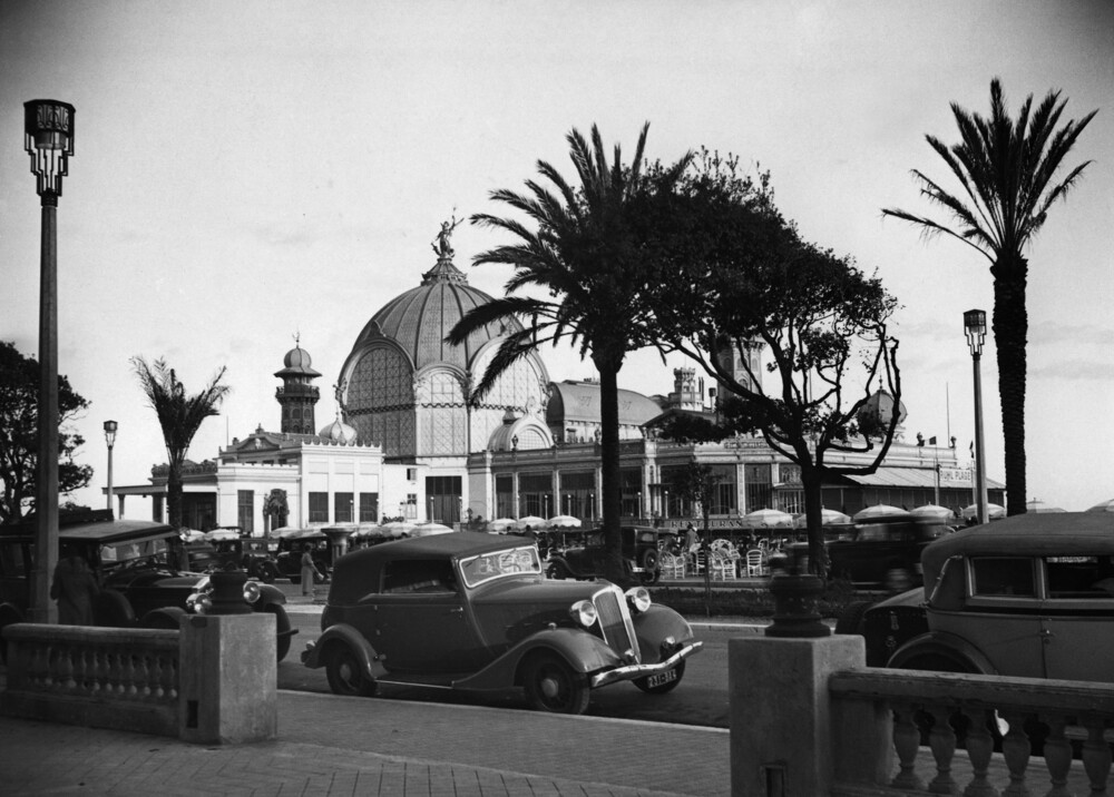Casino de la Jetée in Nizza - Fineart photography by Süddeutsche Zeitung Photo