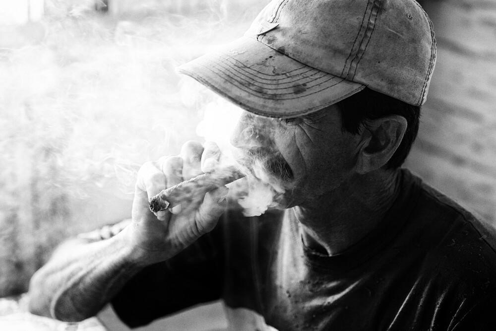 cuban cigar - fotokunst von Eva Stadler