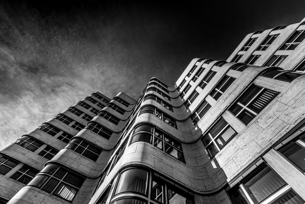 Urban Waves - fotokunst von Vladan Radivojac