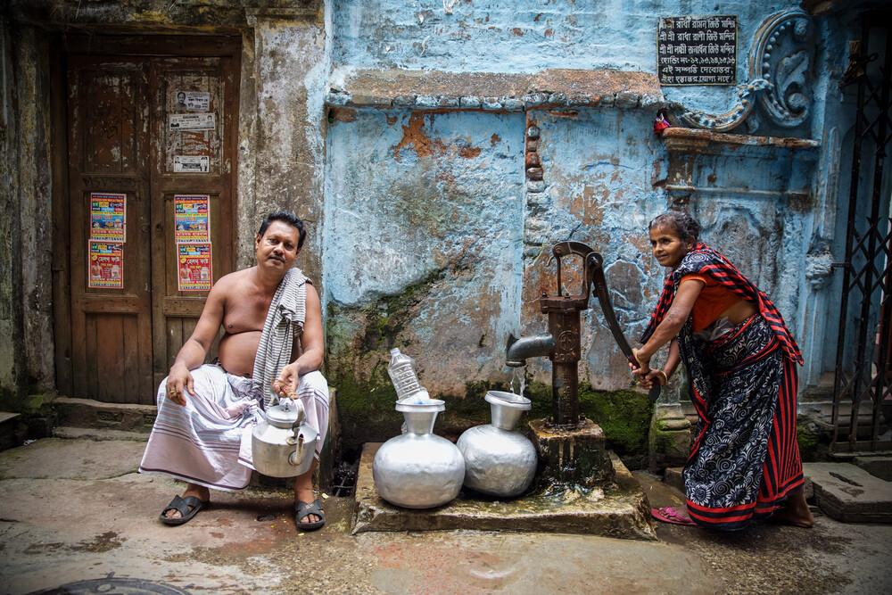 Water pump - fotokunst von Miro May