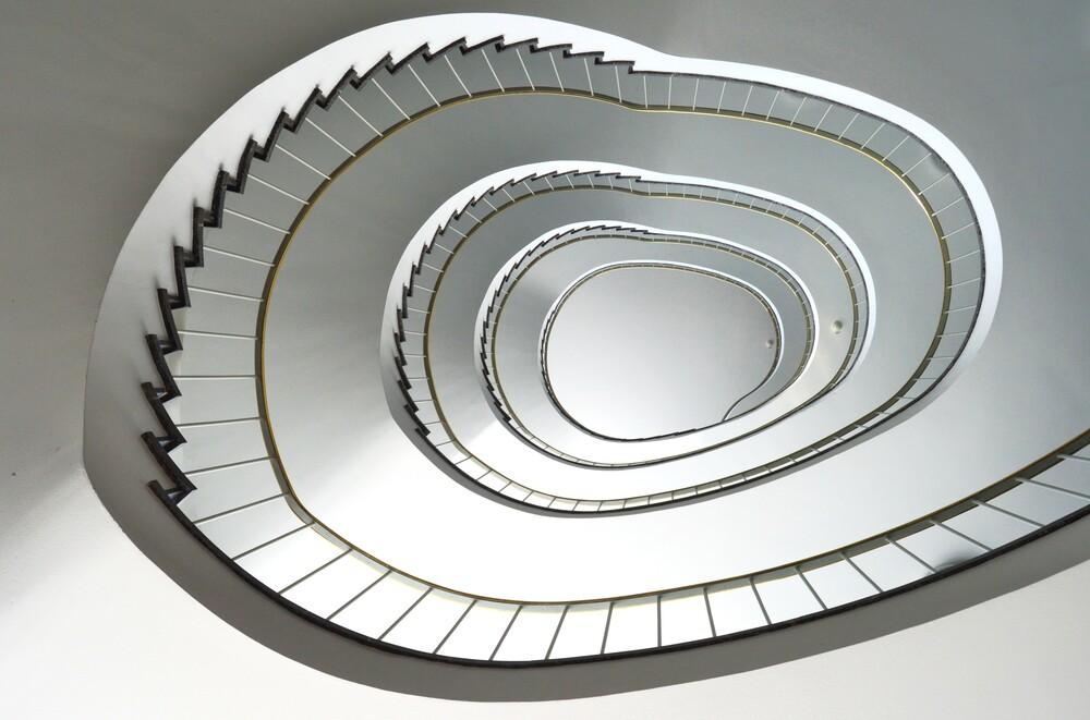 Spiraltreppe - fotokunst von Solveig Faust