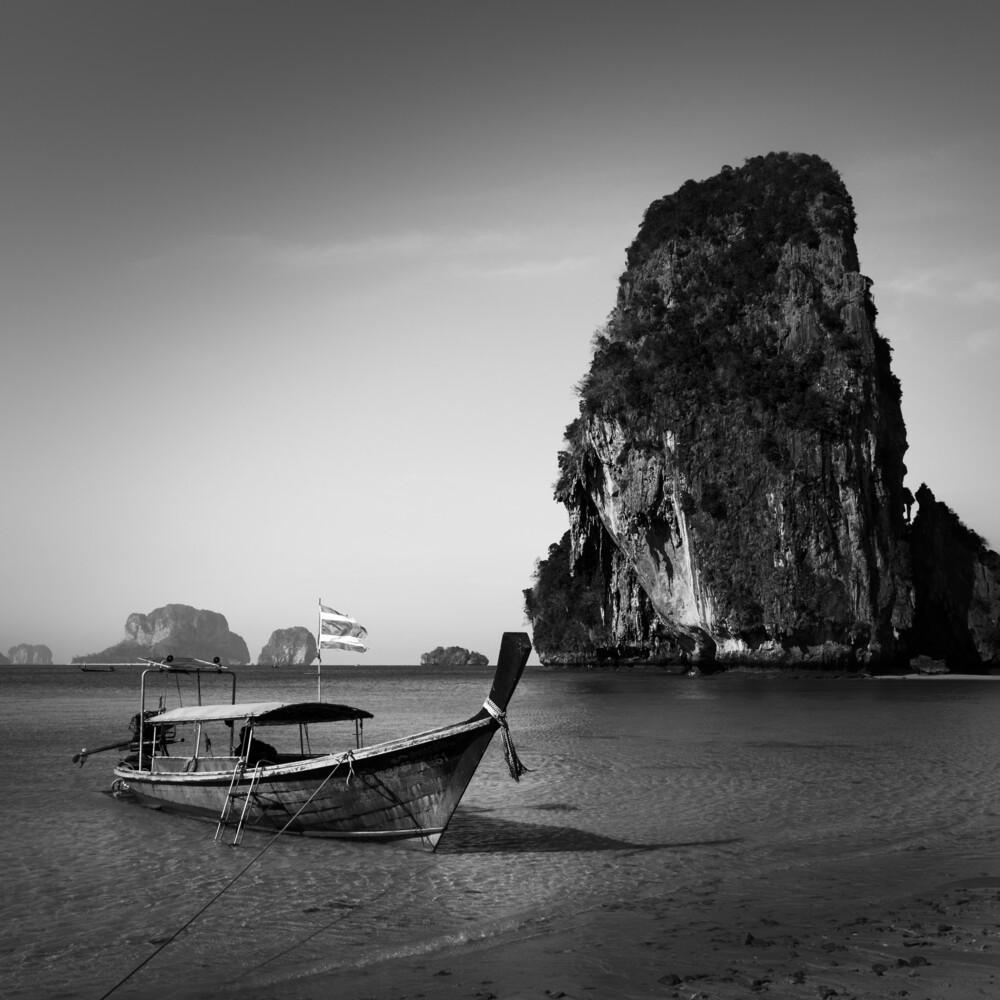 Thailand Krabi Railay Limestone - fotokunst von Ralf Martini