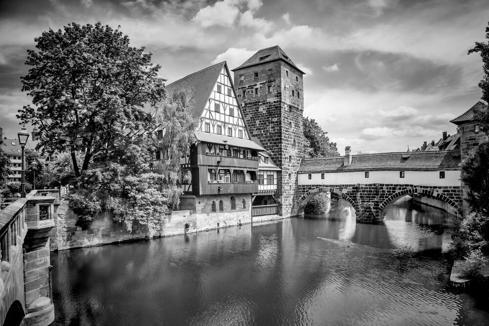 NÜRNBERG Blick von der Maxbrücke zum Henkersteg - fotokunst von Melanie Viola
