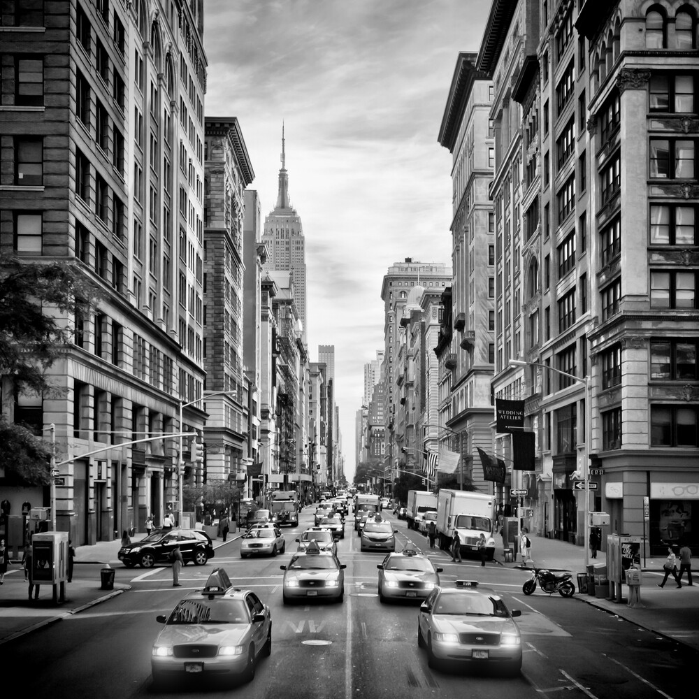 NYC 5th Avenue | Monochrom - fotokunst von Melanie Viola