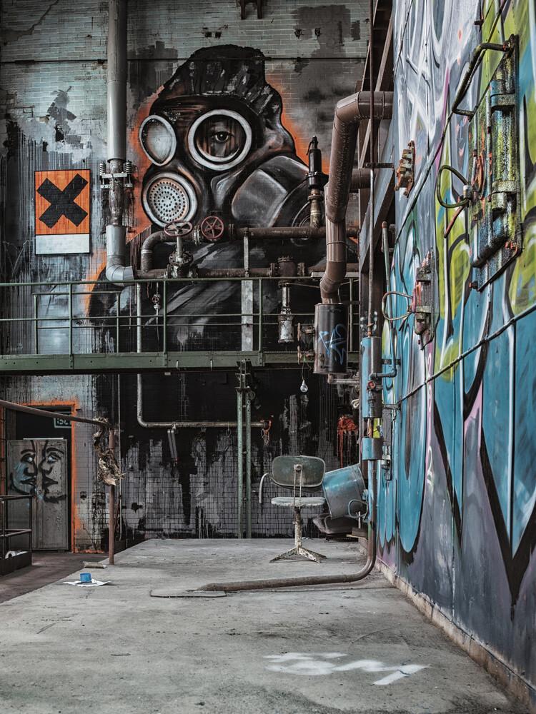 toxic - Fineart photography by Michaela Ertelt