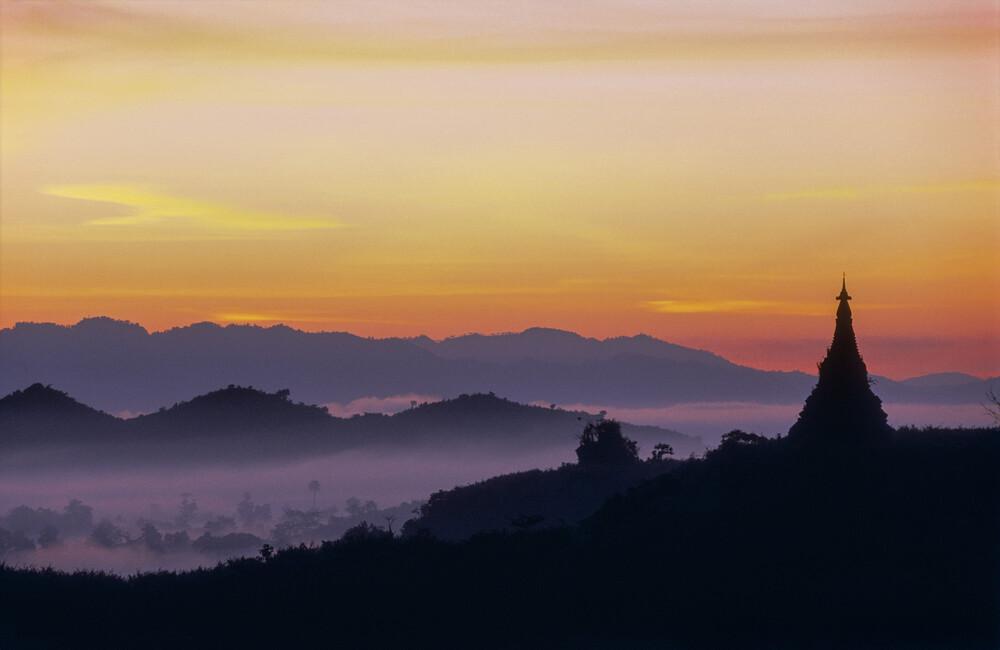 Vor Sonnenaufgang - fotokunst von Martin Seeliger
