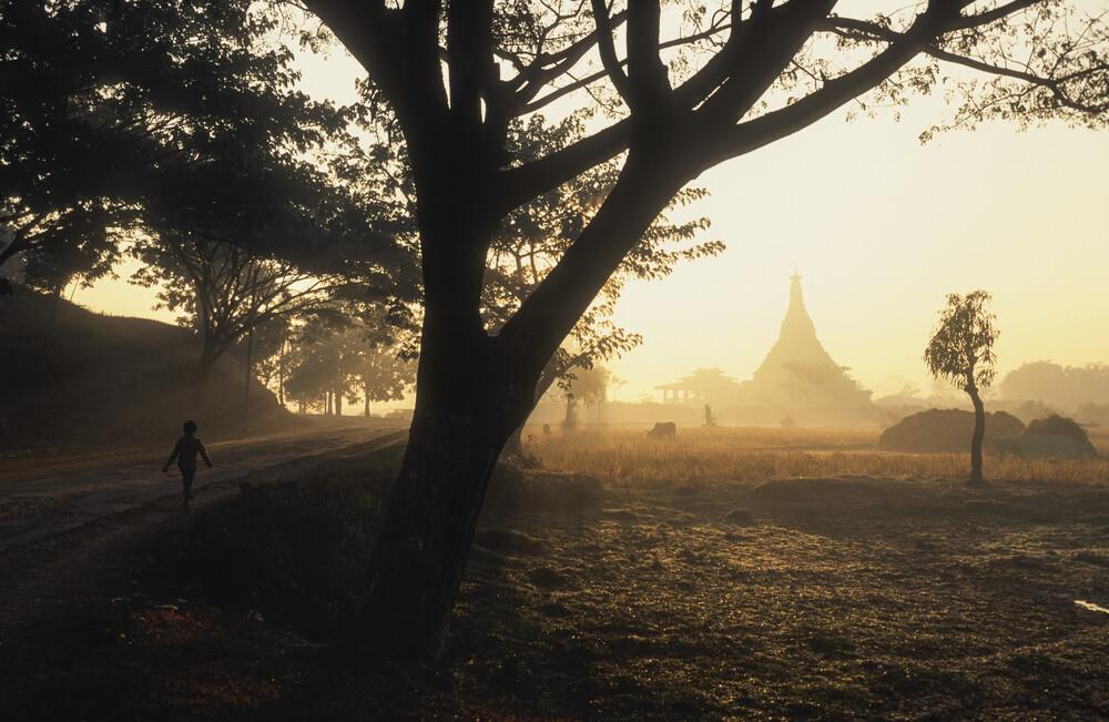 Mong Khong Shwegu - fotokunst von Martin Seeliger
