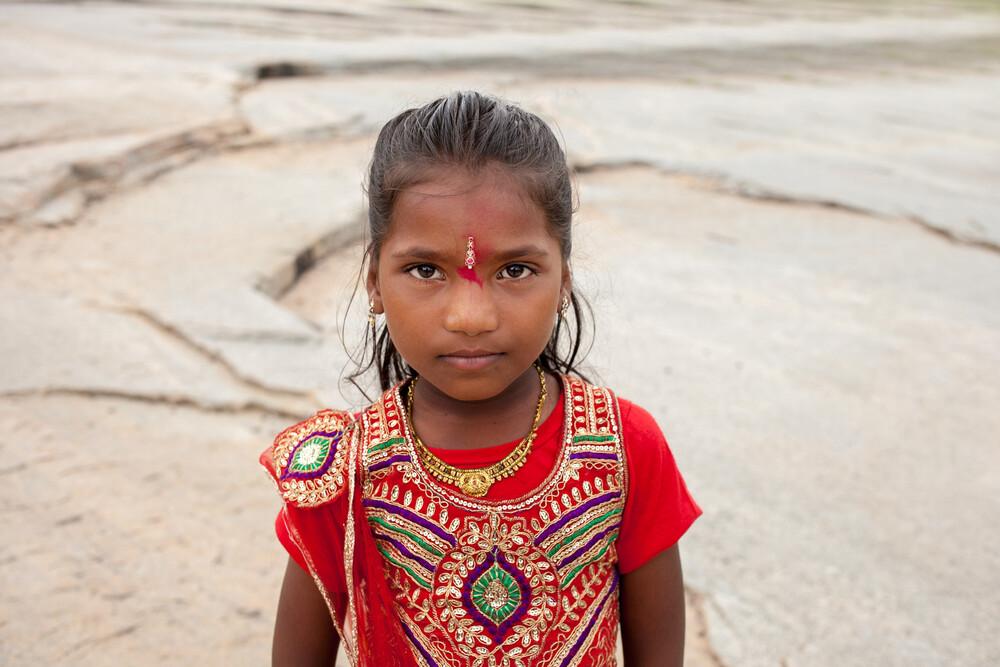 Indian girl - fotokunst von Florencia Morán