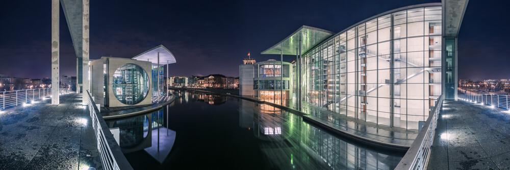 Berlin - Regierungsviertel Panorama Studie V - fotokunst von Jean Claude Castor