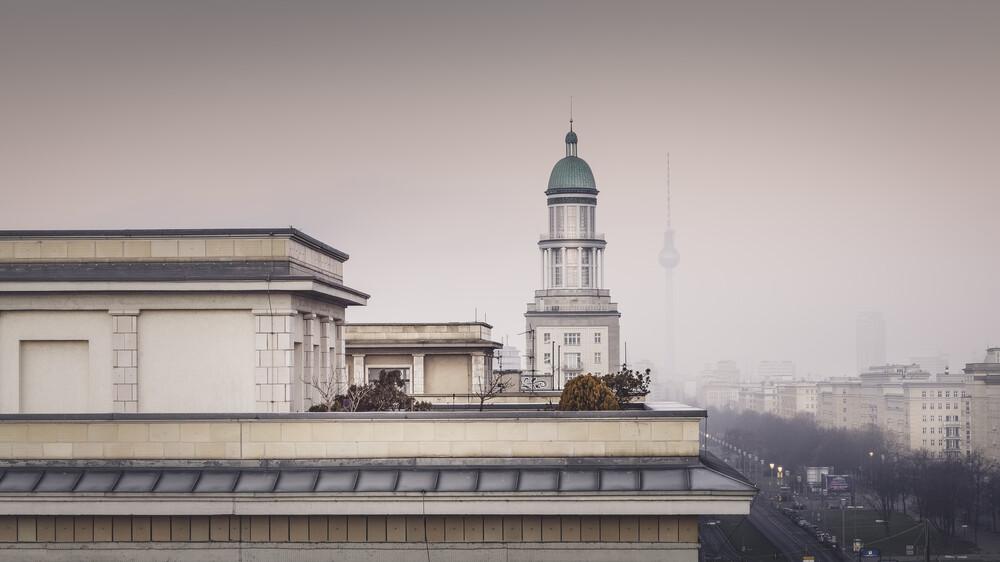Frankfurter Allee Berlin - fotokunst von Ronny Behnert