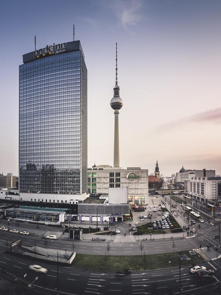 Alexanderplatz - fotokunst von Ronny Behnert