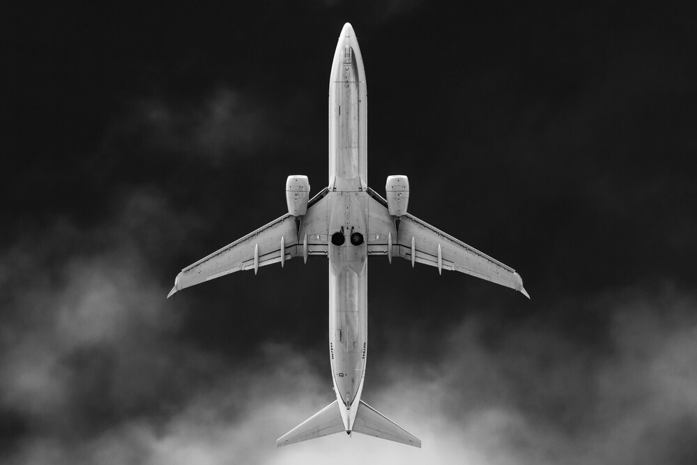 AIRLINER #6 - Fineart photography by Roman Becker