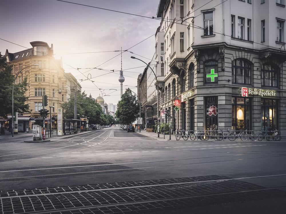 Oranienburger Straße Berlin - fotokunst von Ronny Behnert