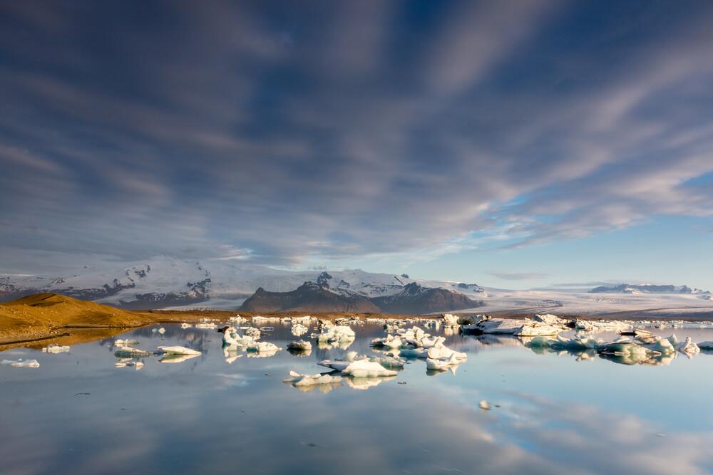 Gletscherlagune - Island - fotokunst von Florian Westermann