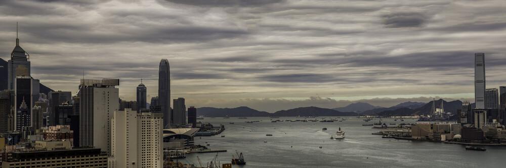Victoria Harbour - fotokunst von Rob Smith