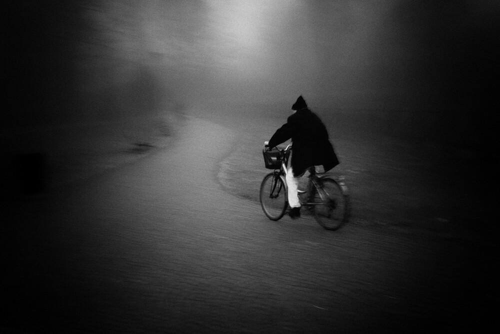 In Richtung eines unbekannten Ziels - fotokunst von Massimiliano Sarno