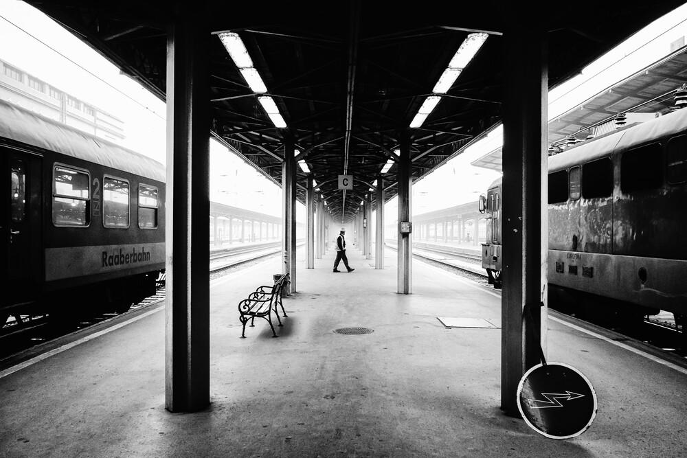 fast symmetrisch - fotokunst von Olah Laszlo-Tibor