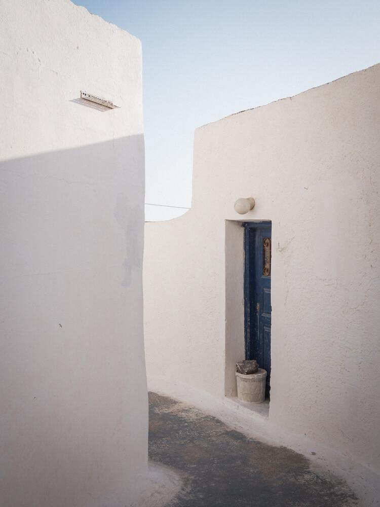 Minimalistic Santorini - 15 - fotokunst von Johann Oswald