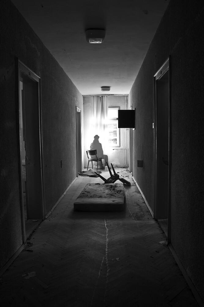 Abandoned - fotokunst von Dejan Dajkovic