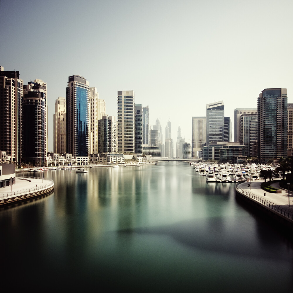 Dubai Marina - fotokunst von Ronny Ritschel