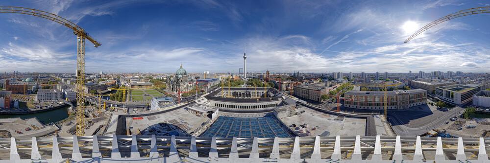Berliner Stadtschloss Humboldtforum Kuppel Panorama - fotokunst von André Stiebitz