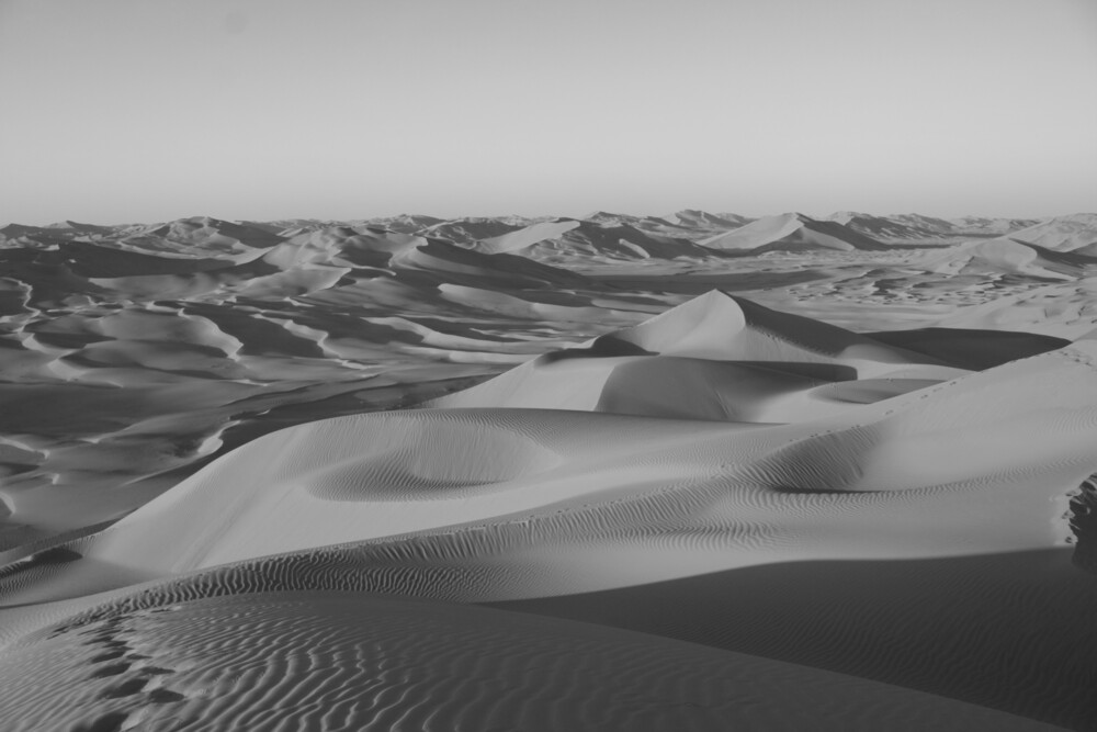 The Empty Quarter - Fineart photography by Bernd Pfleger