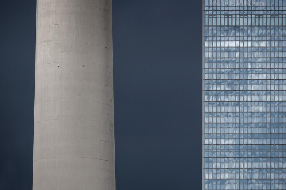 blue - fotokunst von Klaus Lenzen