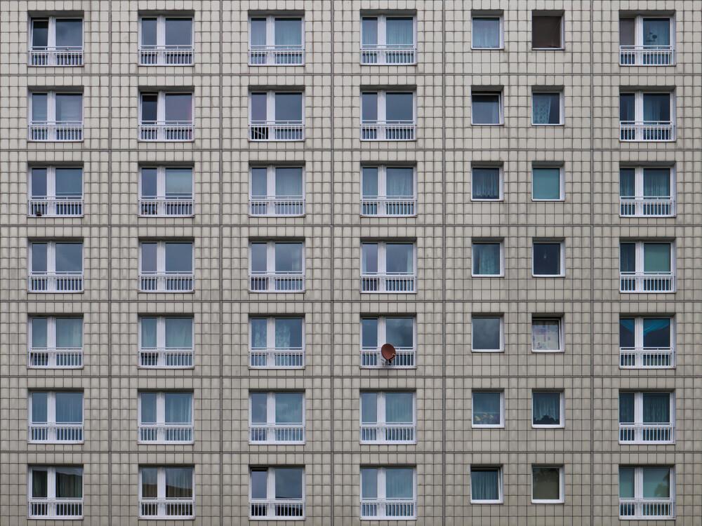 only one - fotokunst von Klaus Lenzen