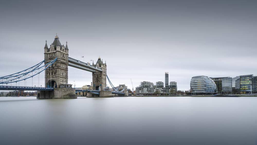 Skyline Study 2 - London - Fineart photography by Ronny Behnert