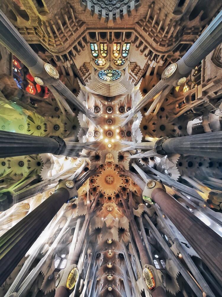 Sagrada sky - fotokunst von Roc Isern
