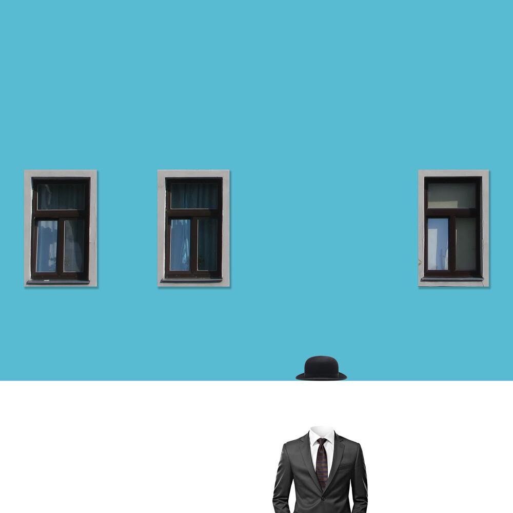 Rene Magritte - fotokunst von Caterina Theoharidou