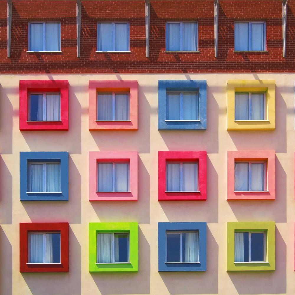 This House Is A Circus - fotokunst von Yener Torun