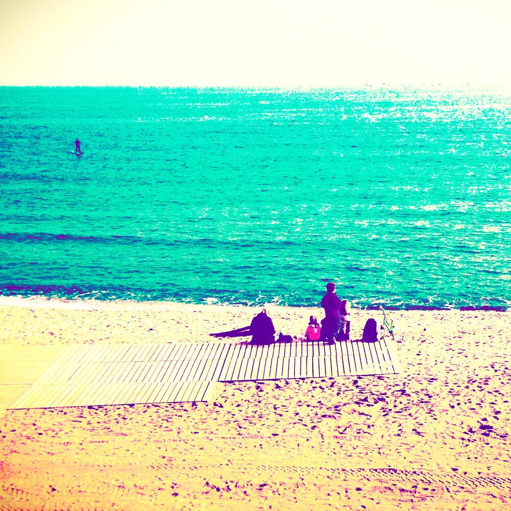 silence on the beach - fotokunst von Benan Ozgurkan
