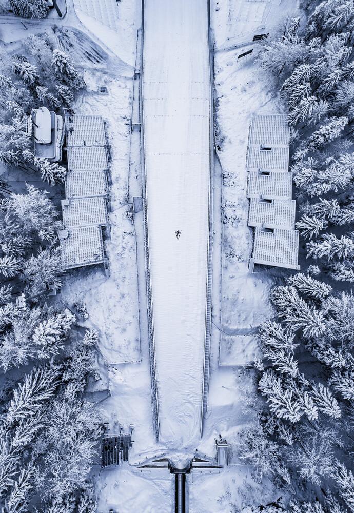 Ski Jumping Heaven - fotokunst von Konrad Paruch