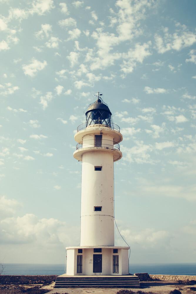 Leuchtturm am Cap de Barbaria, Formentera, Spanien - fotokunst von Nadja Jacke