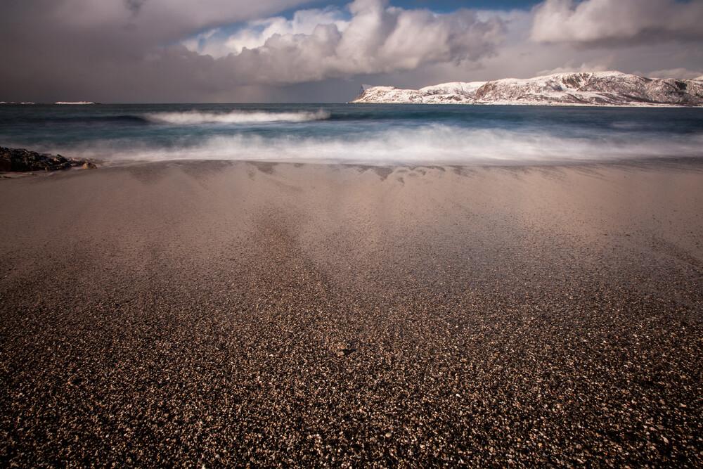 Arctic Beach - fotokunst von Sebastian Worm