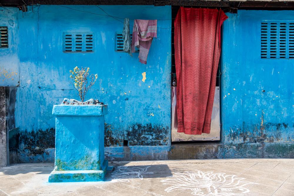 Blue Home - fotokunst von Miro May