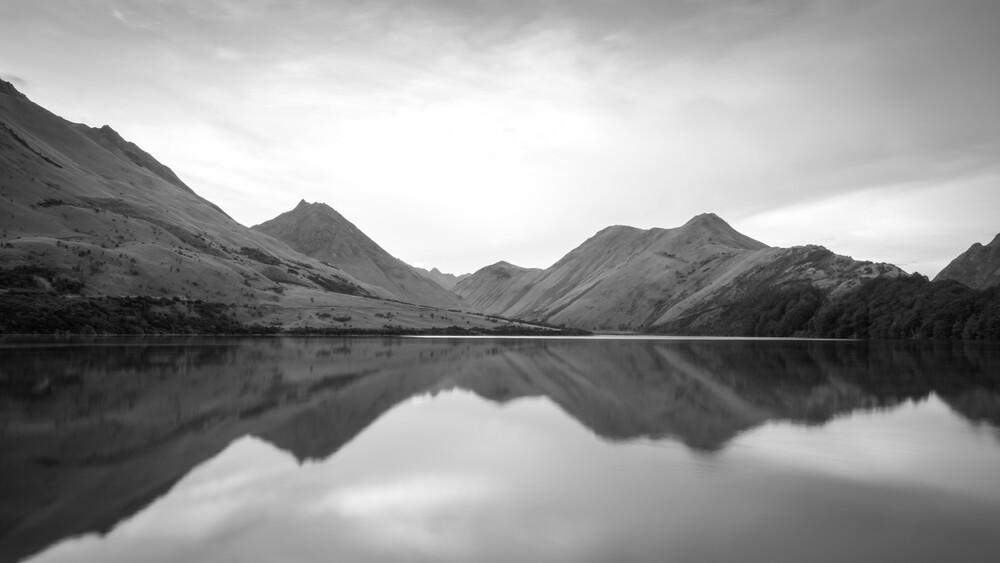 MOKE LAKE - fotokunst von Christian Janik