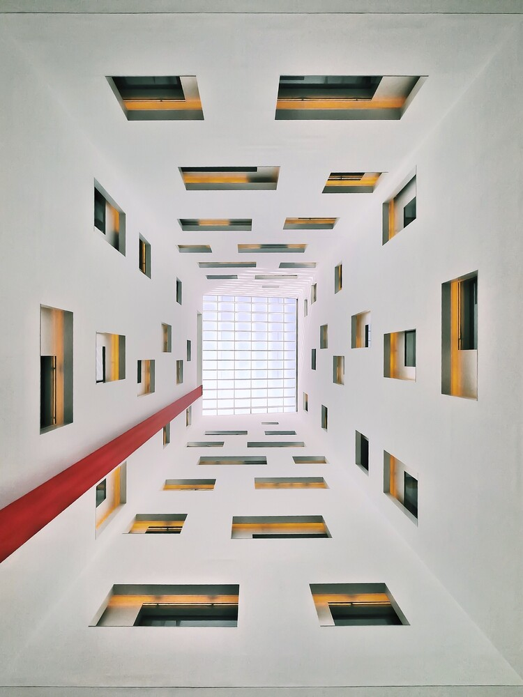 Mandarin skylight - fotokunst von Roc Isern