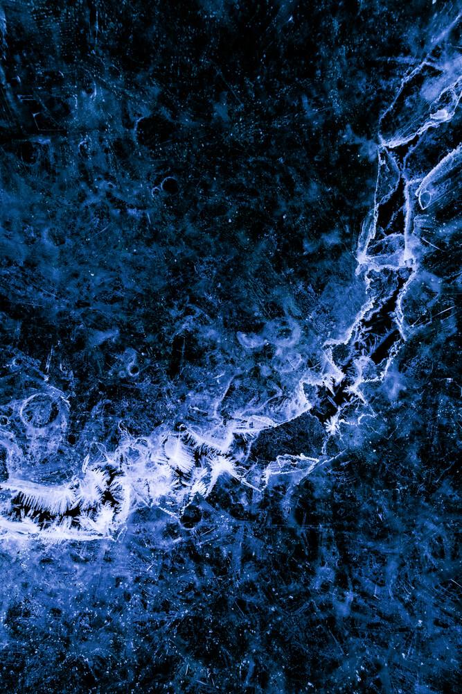 Ice Rift - fotokunst von Sebastian Worm