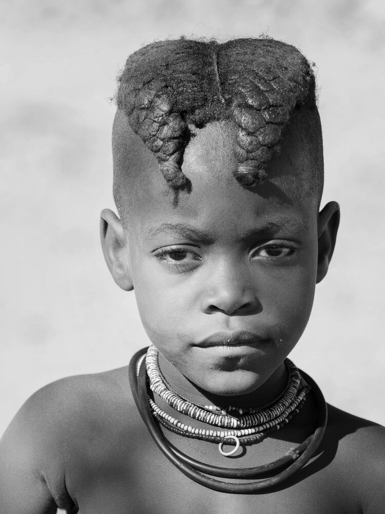 Girl from the Himba Tribe - fotokunst von Phyllis Bauer