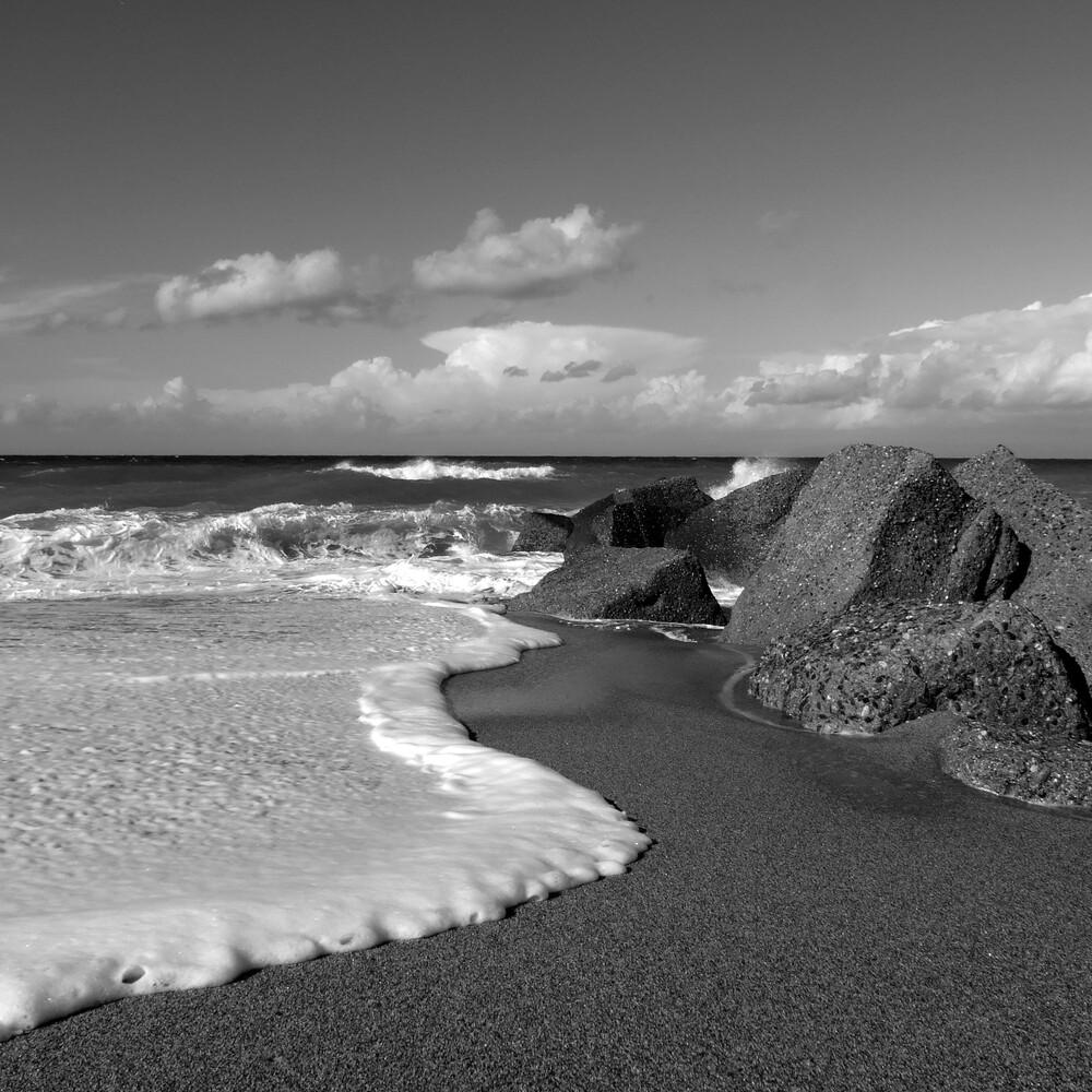 The second wave - fotokunst von Domenico Piccione