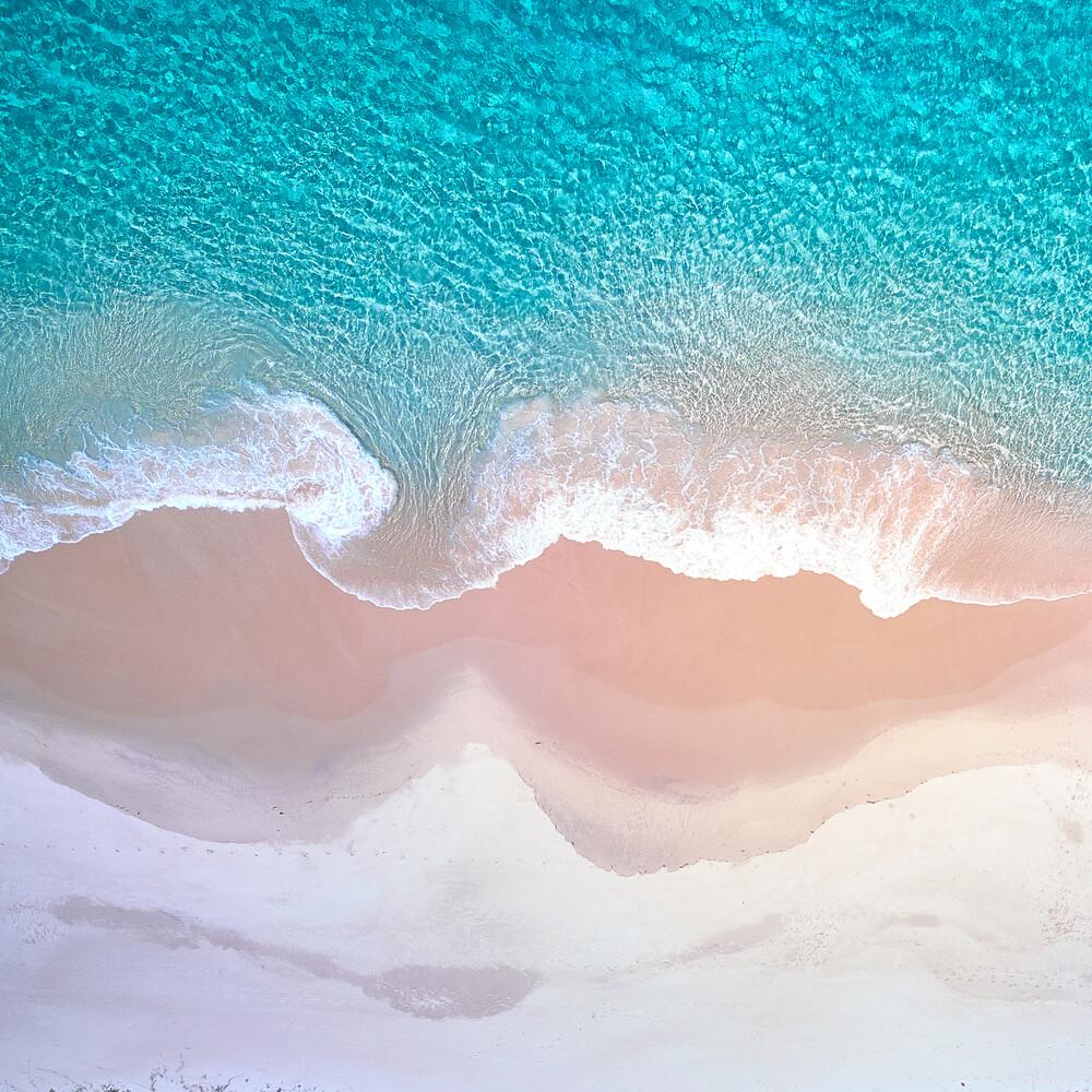 The Curl (square) - fotokunst von Sandflypictures - Thomas Enzler