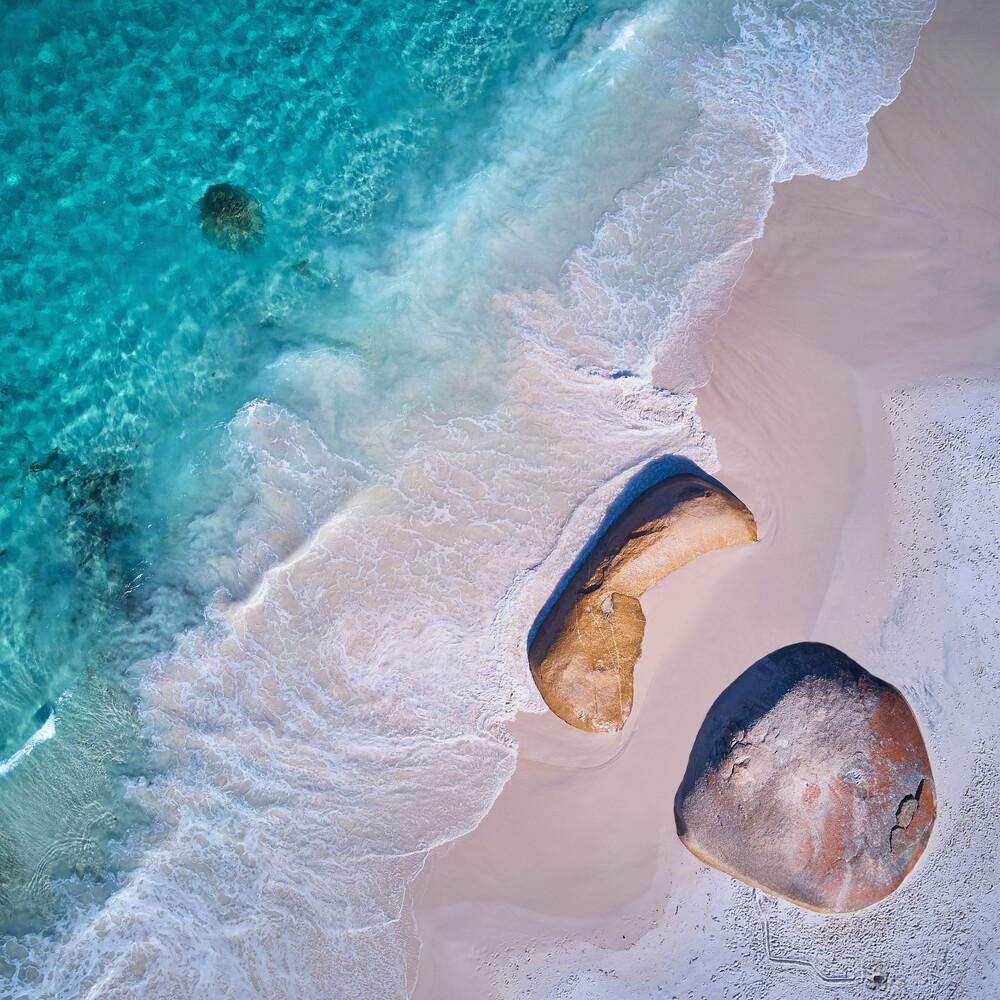 Little Beach - fotokunst von Sandflypictures - Thomas Enzler