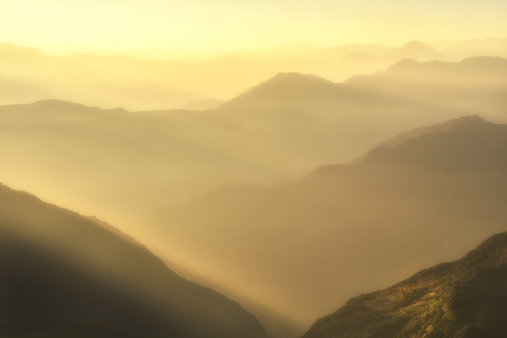 Himalayan glow - Fineart photography by Martin Morgenweck