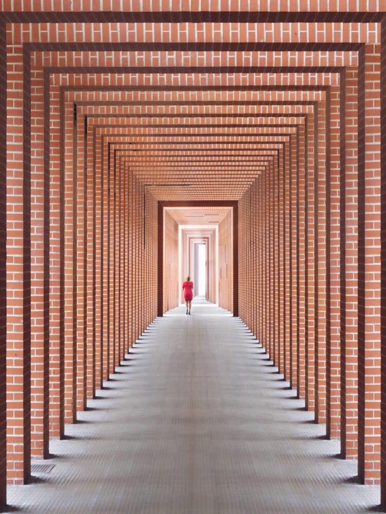 Tunnel of light reedition - fotokunst von Roc Isern
