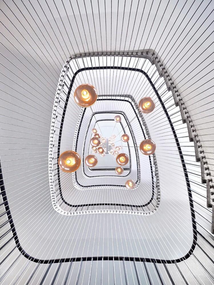 White spiral - fotokunst von Roc Isern
