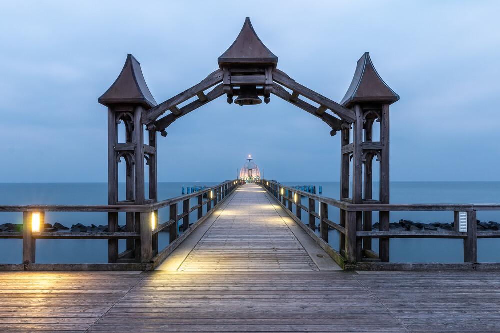 Seebrücke Sellin - fotokunst von Christoph Schaarschmidt