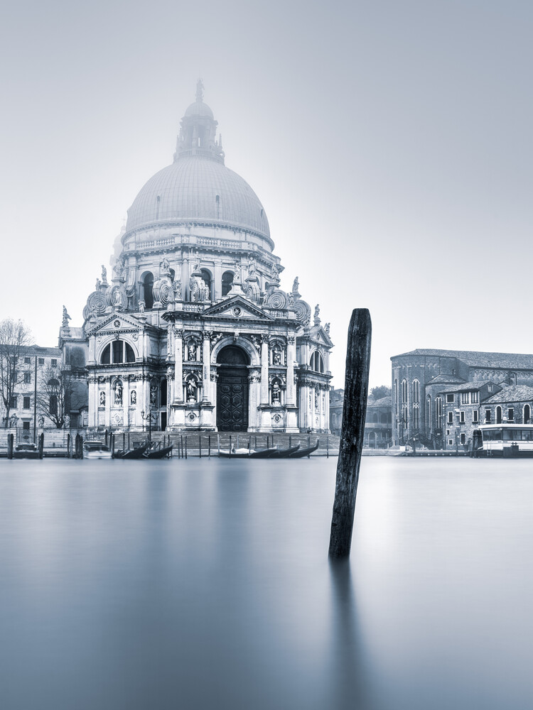 Santa Maria della Salute - Fineart photography by Anke Butawitsch